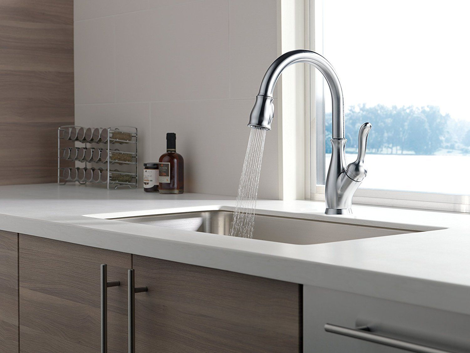Delta Faucet 9178-AR-DST Leland Single Handle Pull-Down Kitchen ...