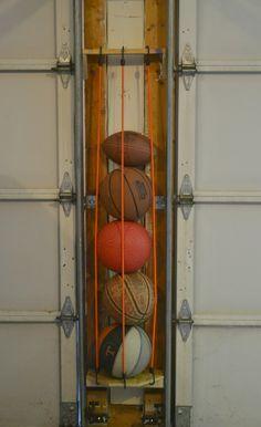 DIY Sports Ball Holder #diyyarnholder