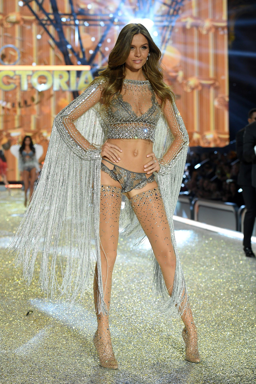 92f7ddb7ba9 Josephine Skriver for Victoria s Secret Fashion Show 2016 -  HarpersBAZAAR.com