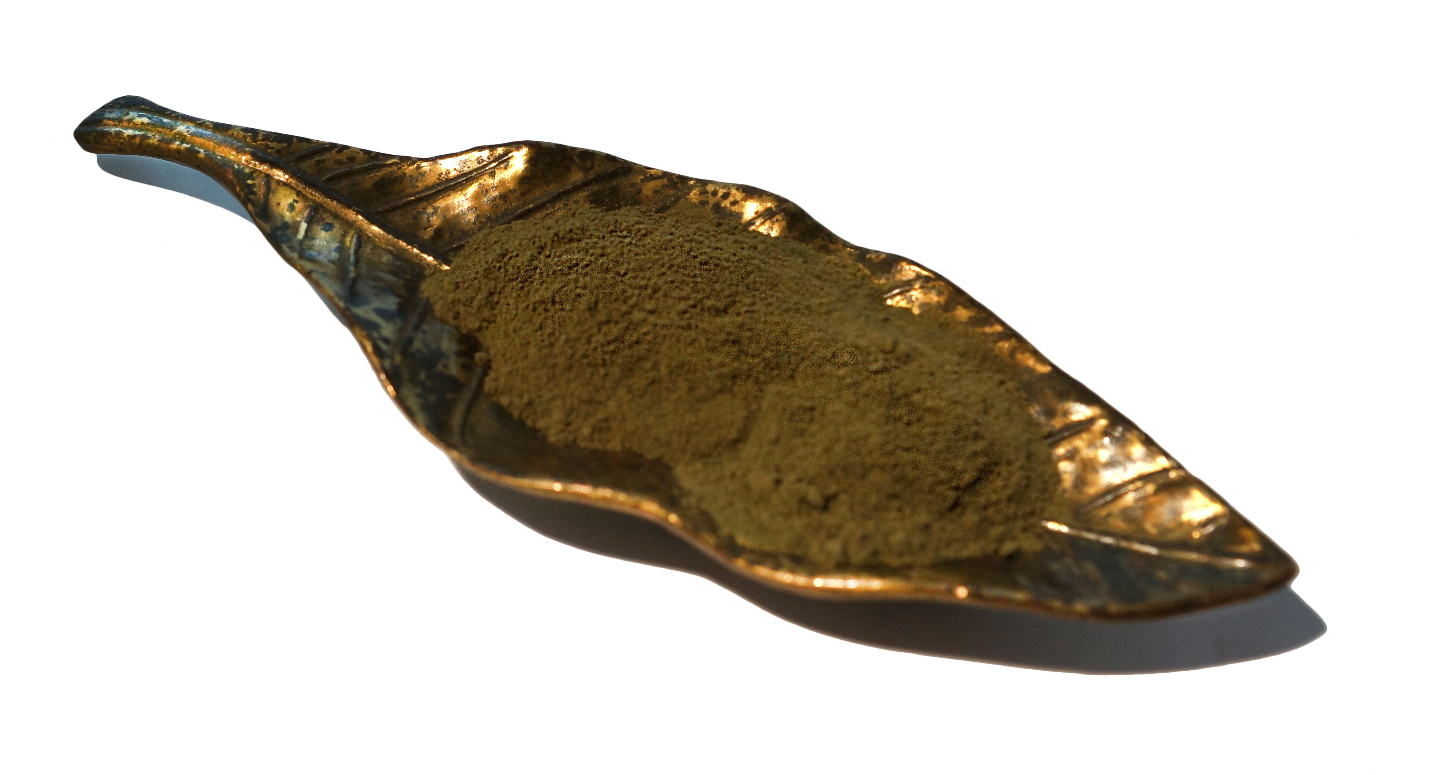 This is our House Blend Kratom. It is a blend of Red, Green, and White Kratoms. You can find it here: http://thekratomleaf.com/product/borneo-maeng-dagreen-blend-kratom-powder/