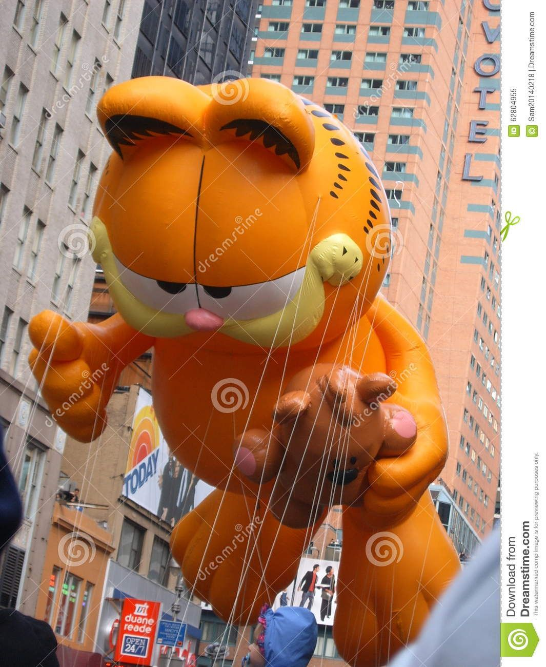Garfield Balloon In Macy 39 S Thanksgiving Day Parade Editorial Image Thanksgiving Day Parade Macy S Thanksgiving Day Parade Macy S Thanksgiving Day Parade