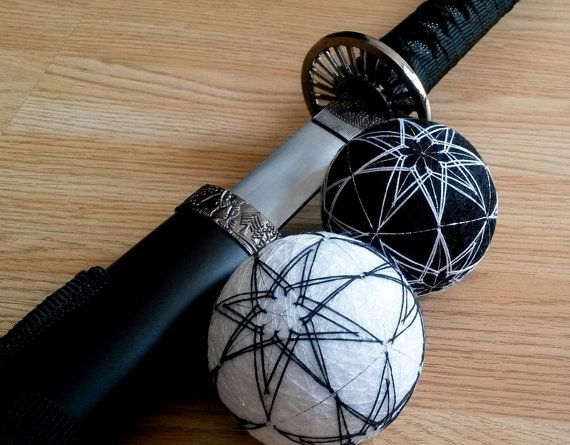 #Japanese #temariballs, #yinandyang, #blackandwhite, #Zen #homedecor, Hand embroidered spheres, Geometrical pattern, #Modernhome decor, UK