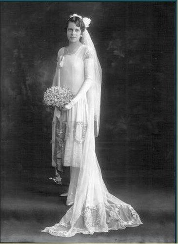 Miss Eileen Gregory - robe de mariée
