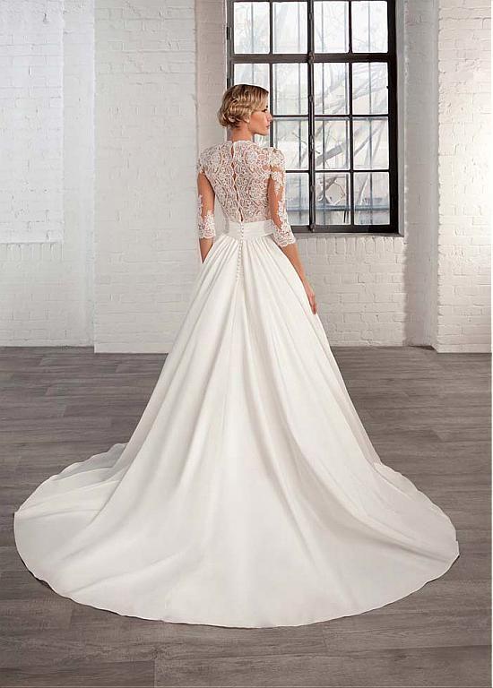 Marvelous Tulle Satin Queen Anne Neckline A Line Wedding Dresses With Lace Appliques Wedding Dresses