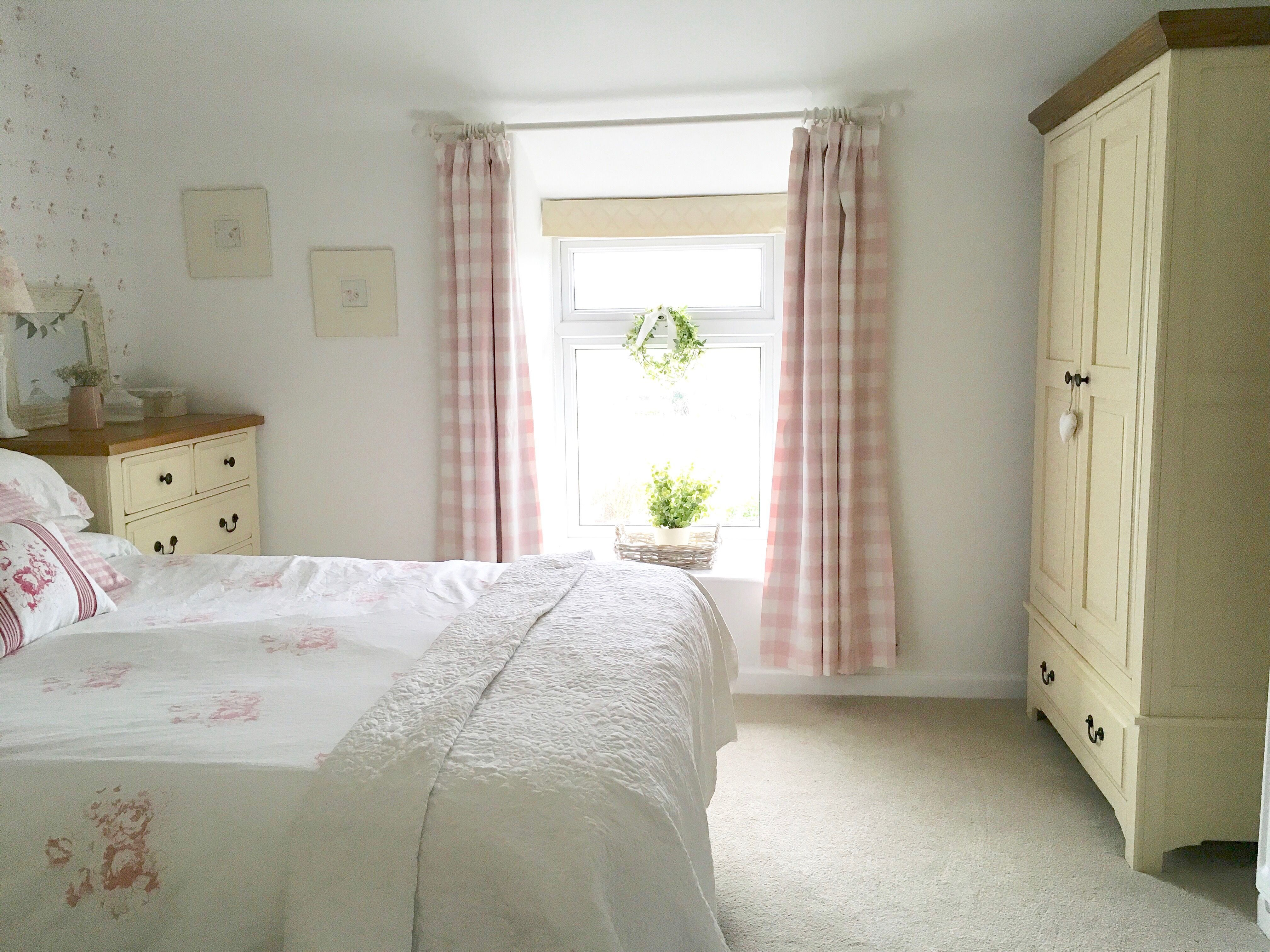 Photo of 15 Beautiful Shabby Chic Bedroom Ideas for Women