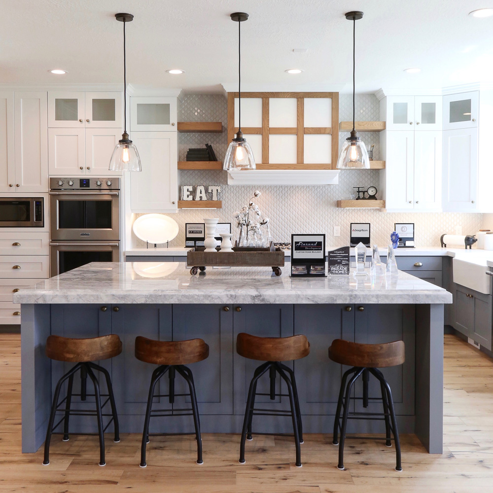 What to consider when choosing pendant lights for your ...