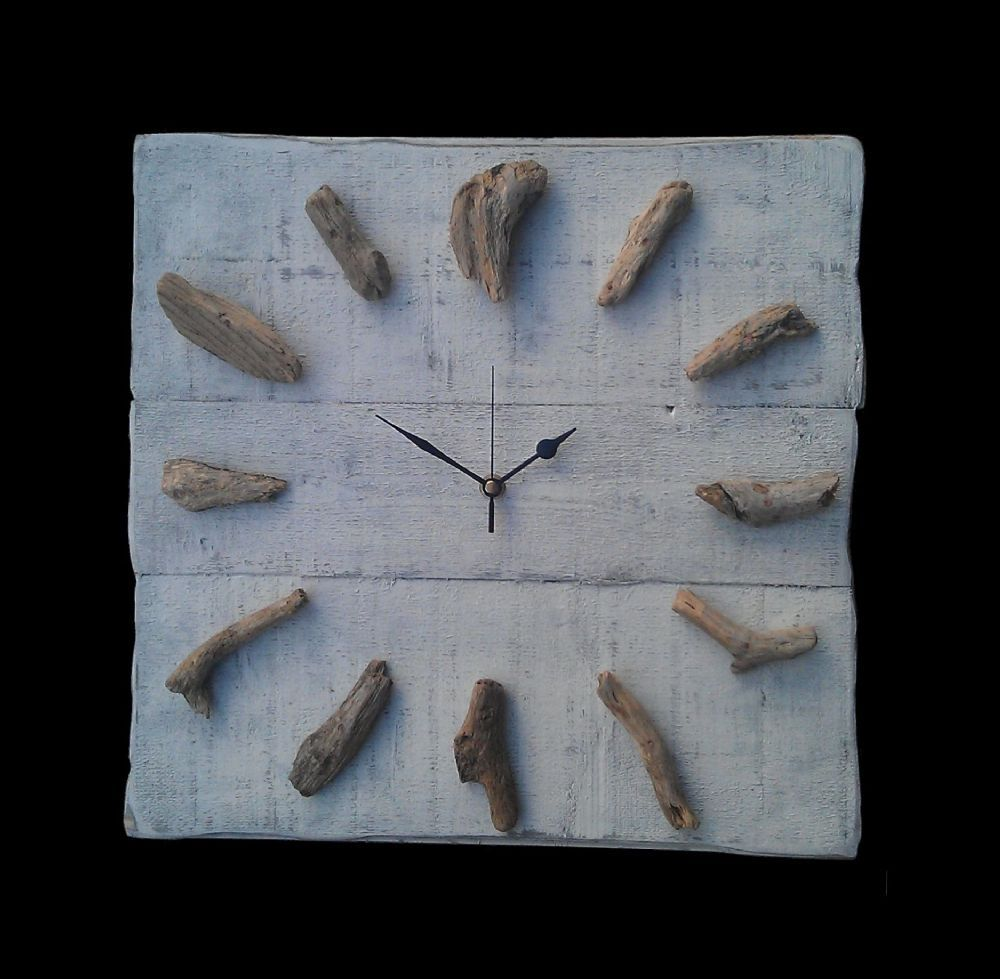 Hand crafted driftwood whitewash timber wall clock pma hand crafted driftwood whitewash timber wall clock amipublicfo Image collections