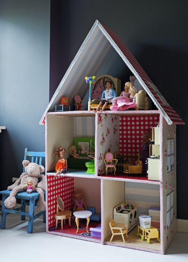 Poppenhuis barbie pinterest poppenhuizen barbiehuis for Poppenhuis voor peuters