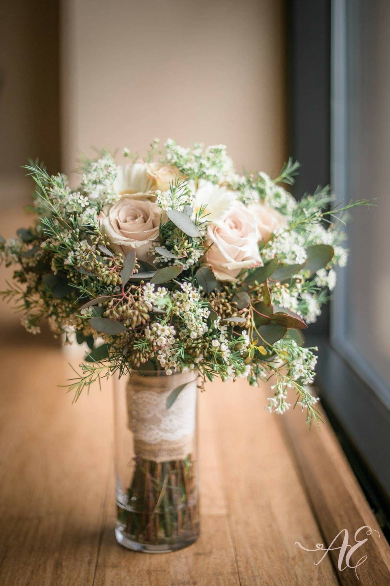 Gerbera daisy blush bouquet The Blue Chrysanthemum Weddings