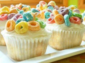 Fruit Loops cupcakes!
