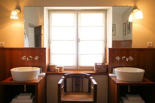 salle de bains coloniale Décoration intérieure et extérieure