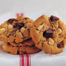 Macadamia and Chocolate Chunk Cookies - (EN) - (500x500).jpg