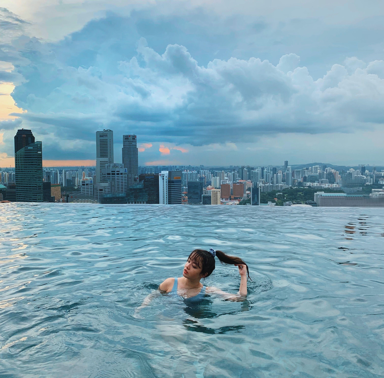 Instagram Aliviadandrea Infinity Pool Marina Bay Sands Hotel In Singapore Singapore Aliviadandrea Infin Infinity Pool Instagram Inspo Marina Bay Sands