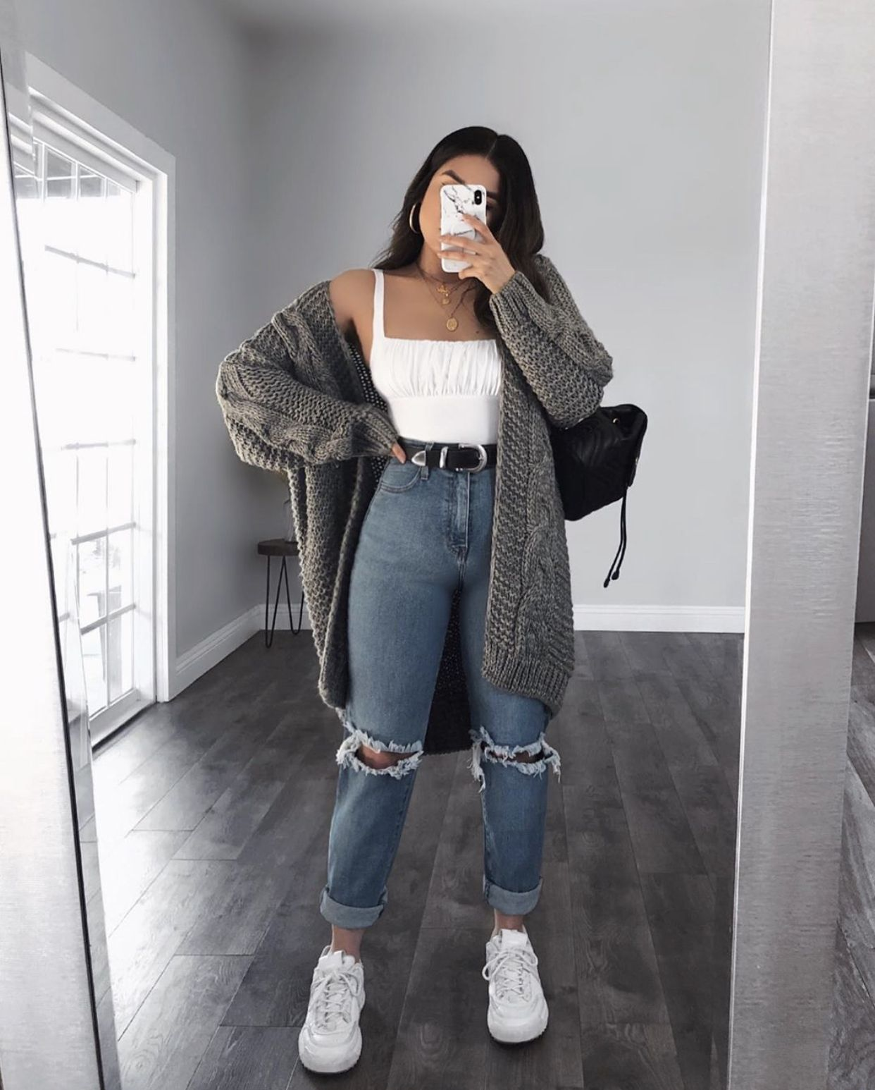Cute outfit - High Waisted Jeans