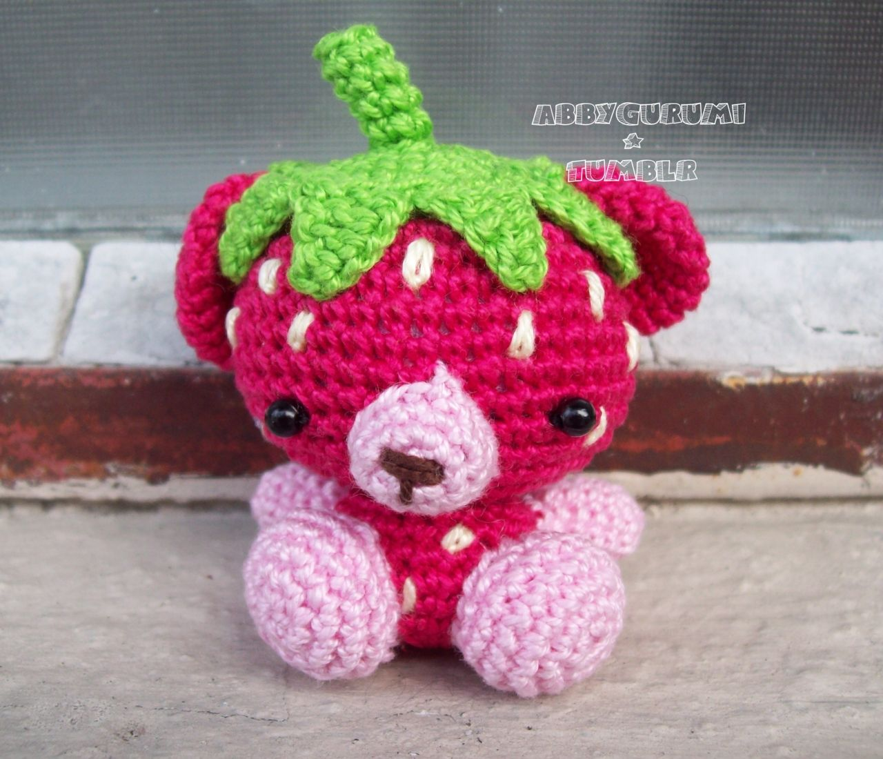 Strawberry bear just pic for now puts up patterns for her crochet dolls bankloansurffo Gallery
