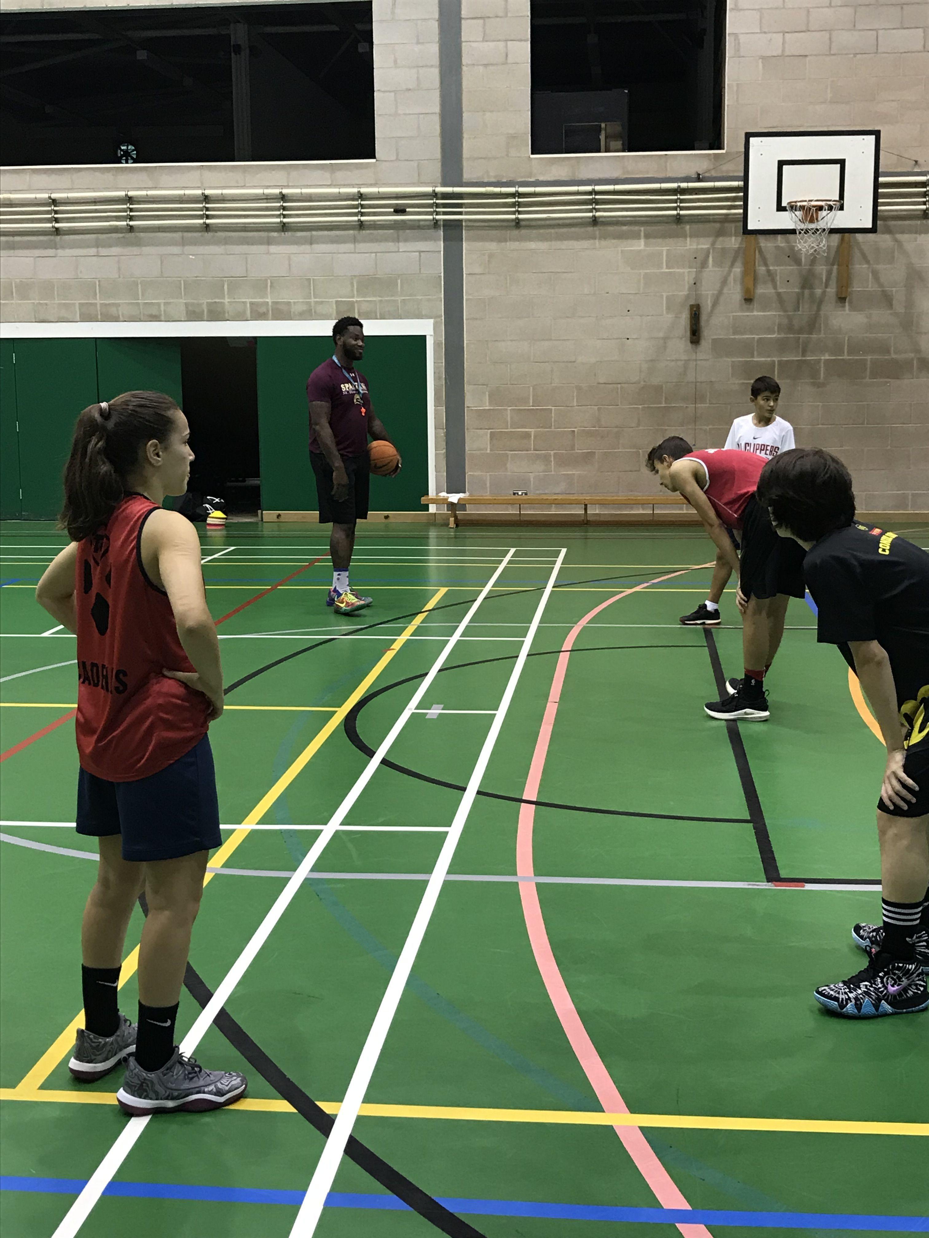 Epsom Sports Ideal Para Hacer Deportes Y Aprender Inglés Epsom Uno De Los Más Prestigiosos E Impresionantes College O Reino Unido Hacer Deporte Deportes