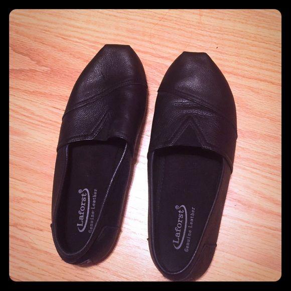 Black non slip shoes | Shoes, Black