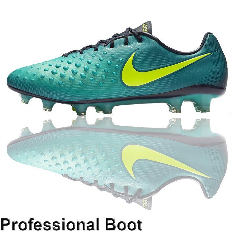 professional football boots uk