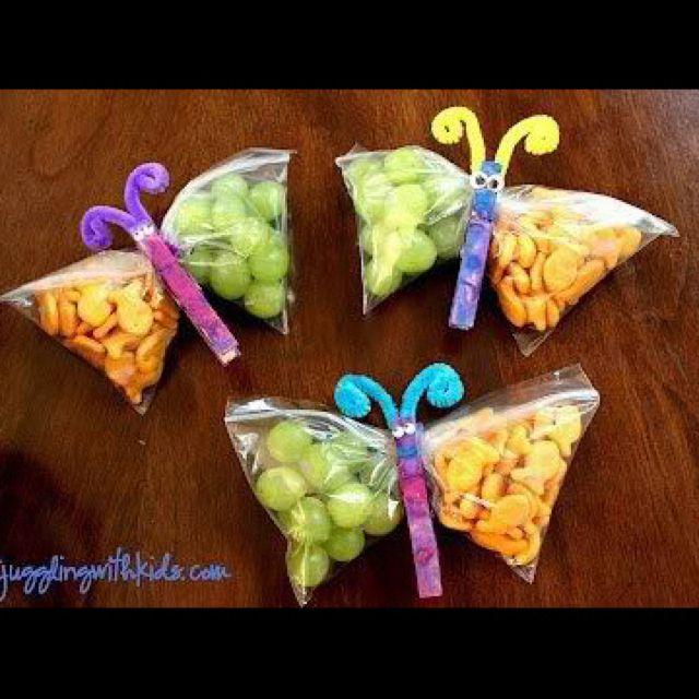 Goldfish And Grape Butterfly Snack