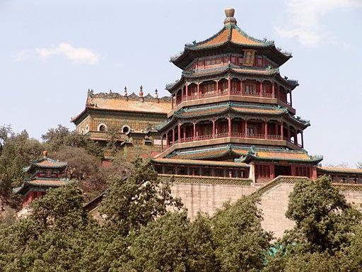 頤和園(いわえん)は中華人民共和国北京市海淀区に位置する庭園公園。1998年、ユネスコの世界遺産(文化遺産)に登録。