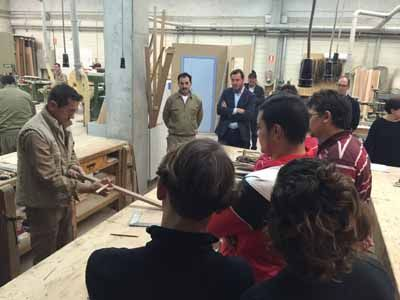 6 cursos del programa mixto de formación y empleo para 138 personas desempleadas en Valladolid http://revcyl.com/www/index.php/economia/item/6726-6-cursos-del-programa-mix