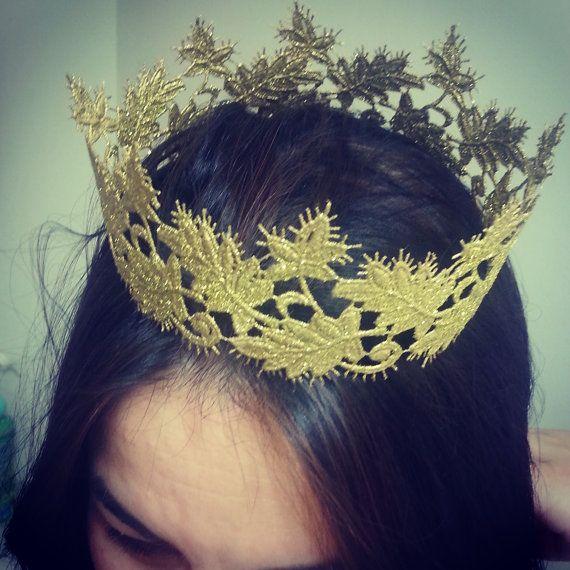 Gold Crown Leaf CrownPrincess Aurora door BowsJust4Princesses