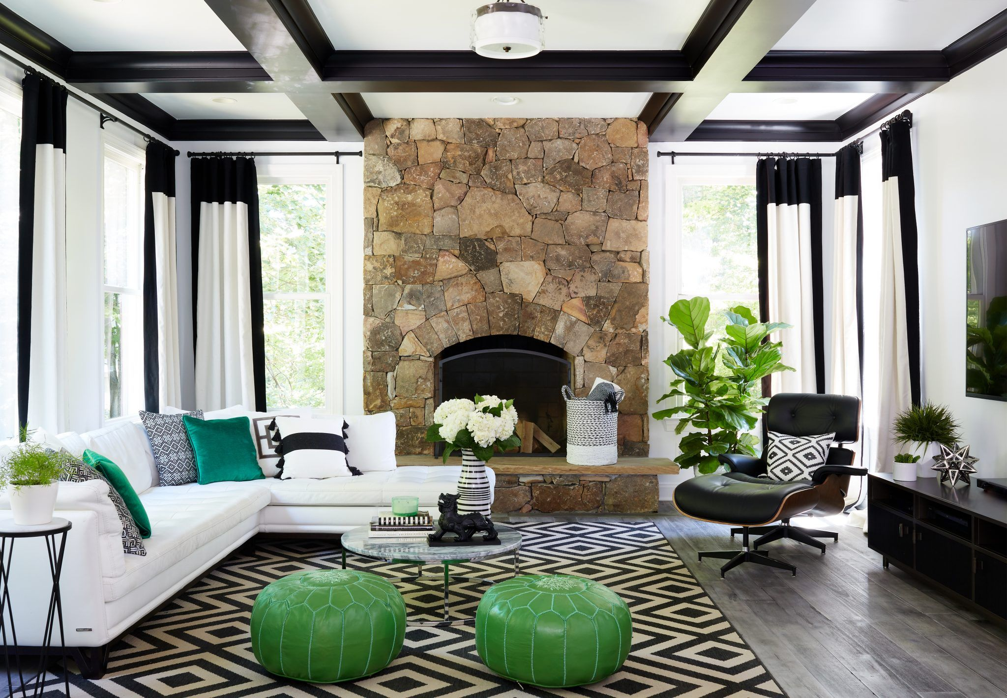 An Emerald Gem Home Design Magazine Green Living Room D