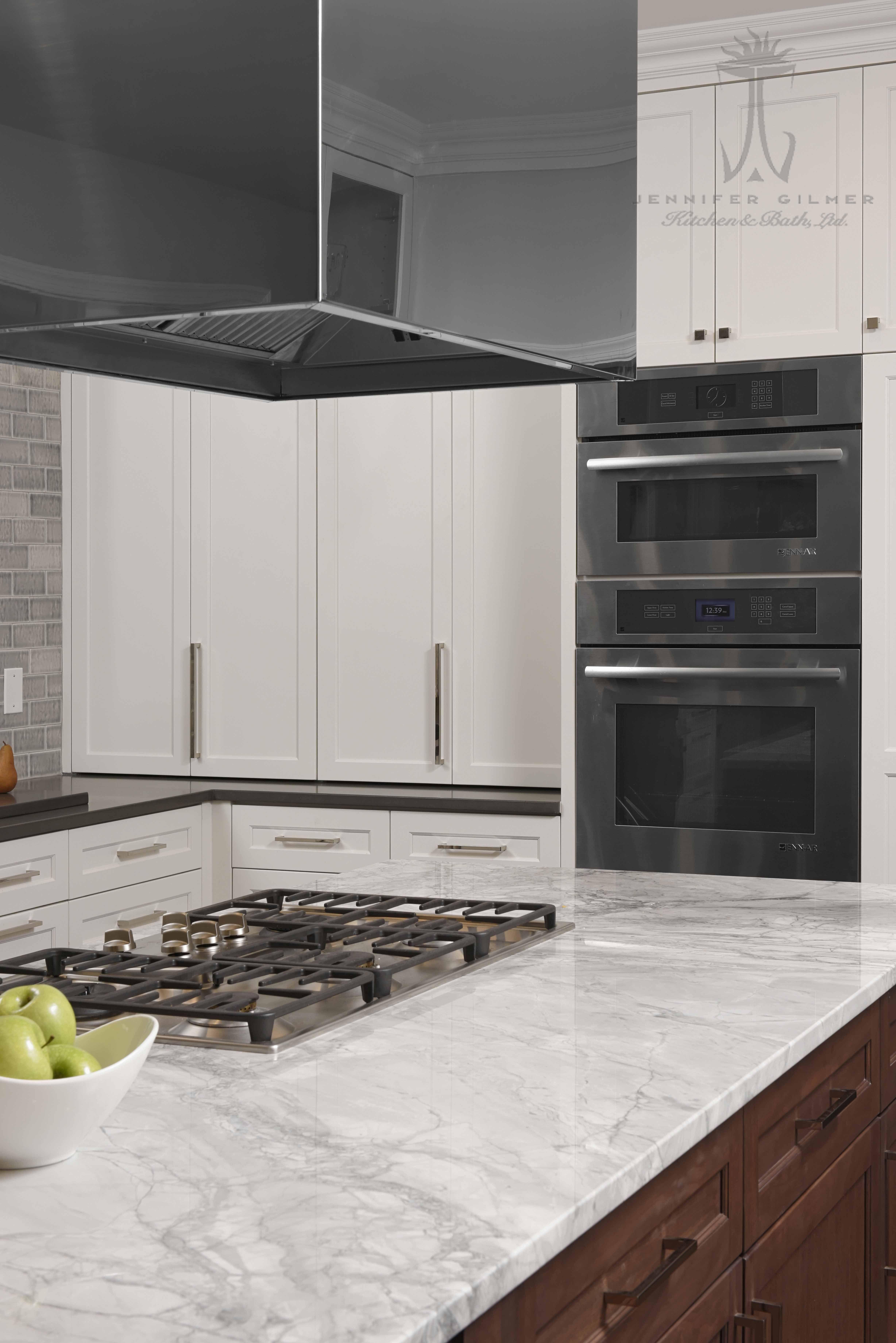Design By Paulbentham4jennifergilmer In Bethesda Maryland Includes Rangecraft Custom Island Hood With Mirror Kitchen And Bath Design Kitchen And Bath Kitchen