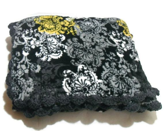 Fuzzy Damask Throw Blanket in Black Yellow White Grey with