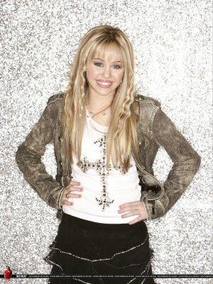 Hannah Montana Crimped Hair Hairstyles Hannah Montana Hannah Montana Outfits Miley Cyrus