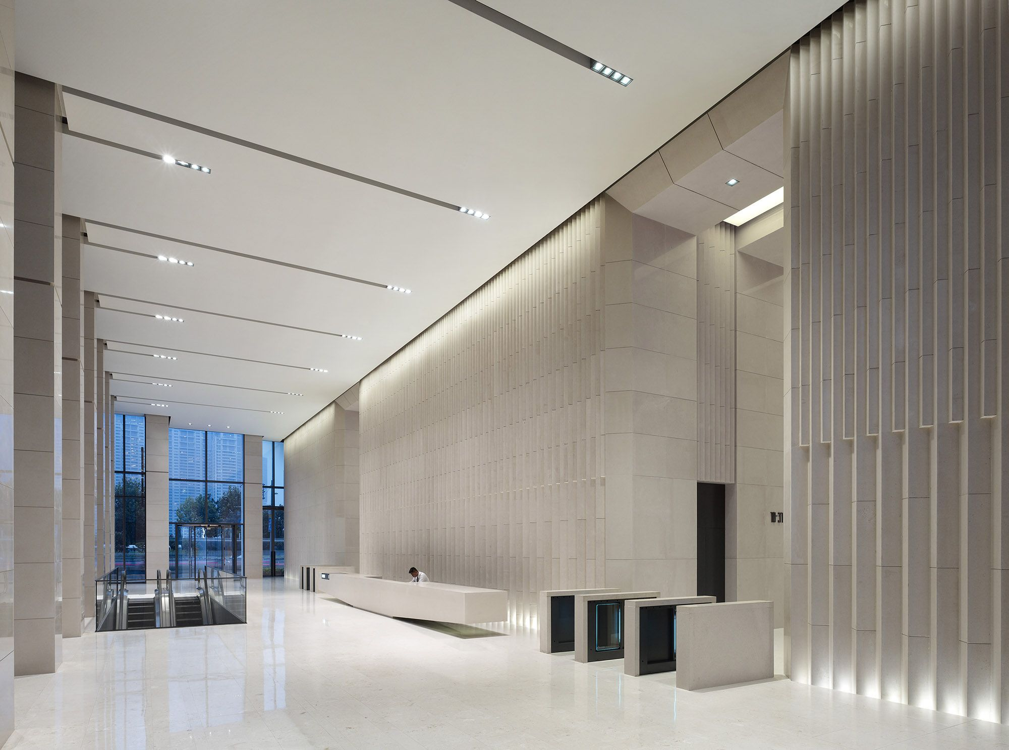 Pin by edwin arokiyam on interior lobby design office - Office building interior design ideas ...