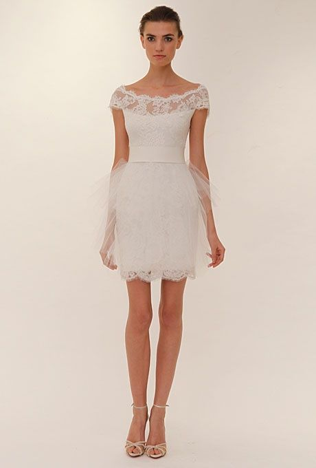 Sweet And Lovely Vintage Short Wedding Dress Marchesa Lace