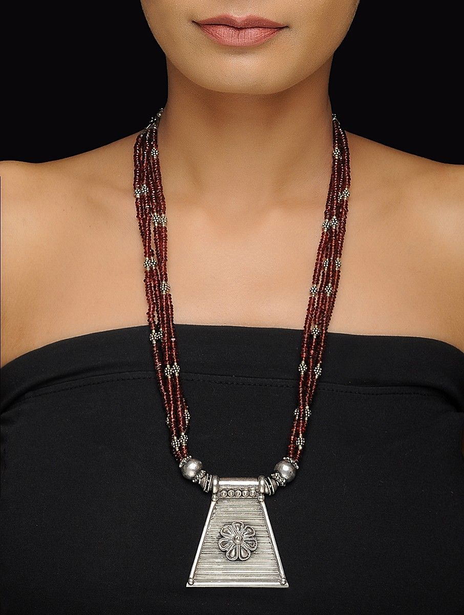 Buy garnet beaded silver necklace with floral design online