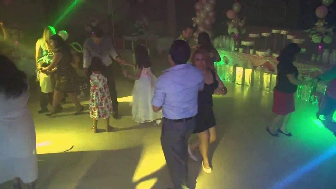 QUEDATE CON EL GRUPO JALADO bailando cumbia en Brooklyn, NY