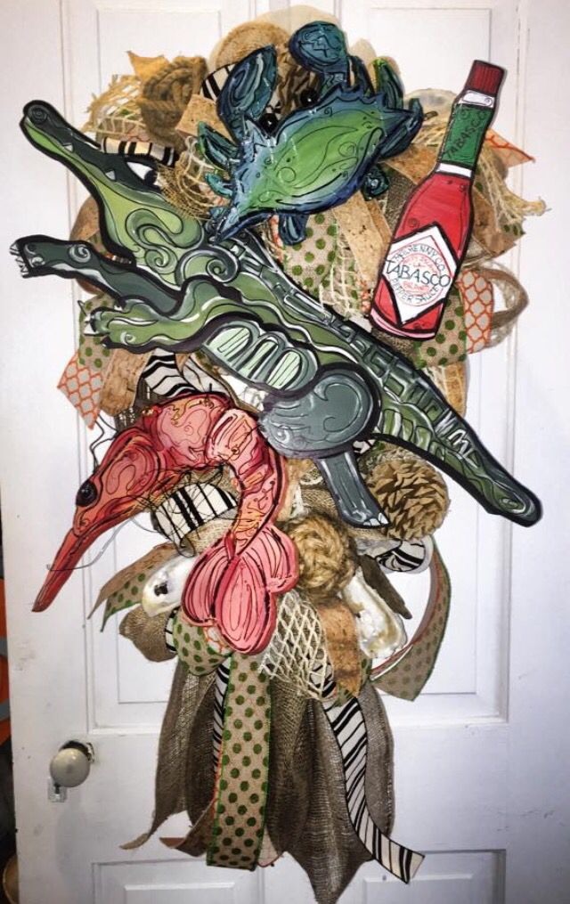 Louisiana Door Hanger Tabasco Alligator Shrimp Sadie