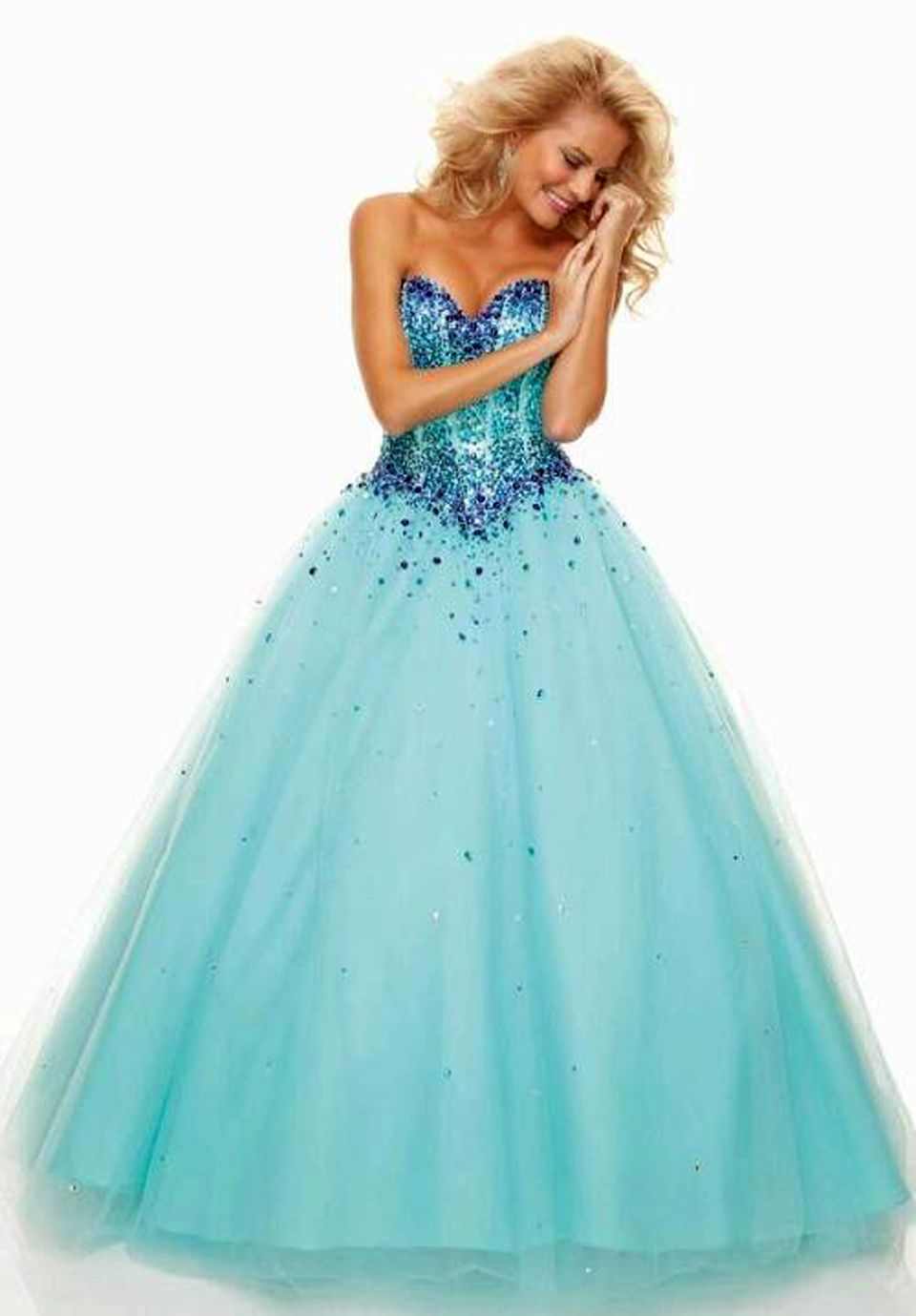 Completing this Flirt prom dress is a tulle ball gown skirt ...