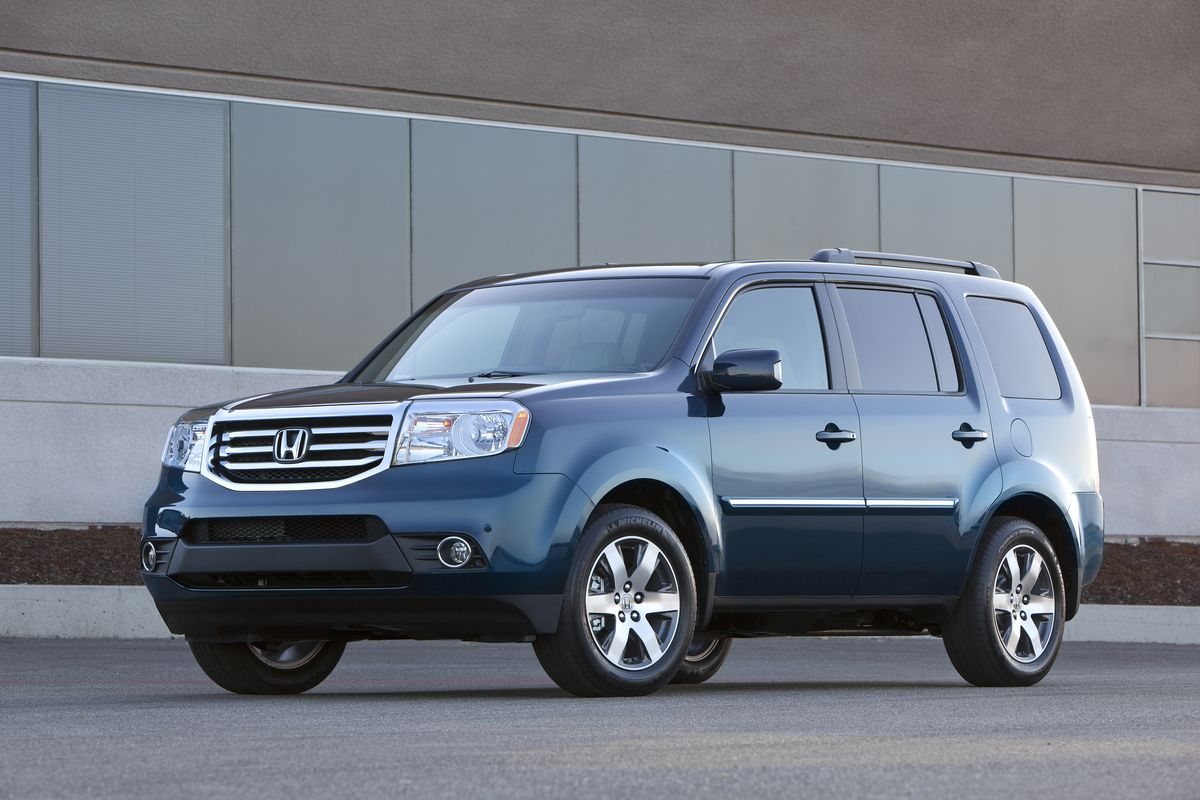 2014 Toyota Highlander Vs 2014 Honda Pilot Comparison With Images 2015 Honda Pilot Honda Pilot 2012 Honda Pilot