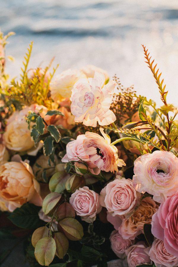 blush wedding flowers alexandra wallace photography