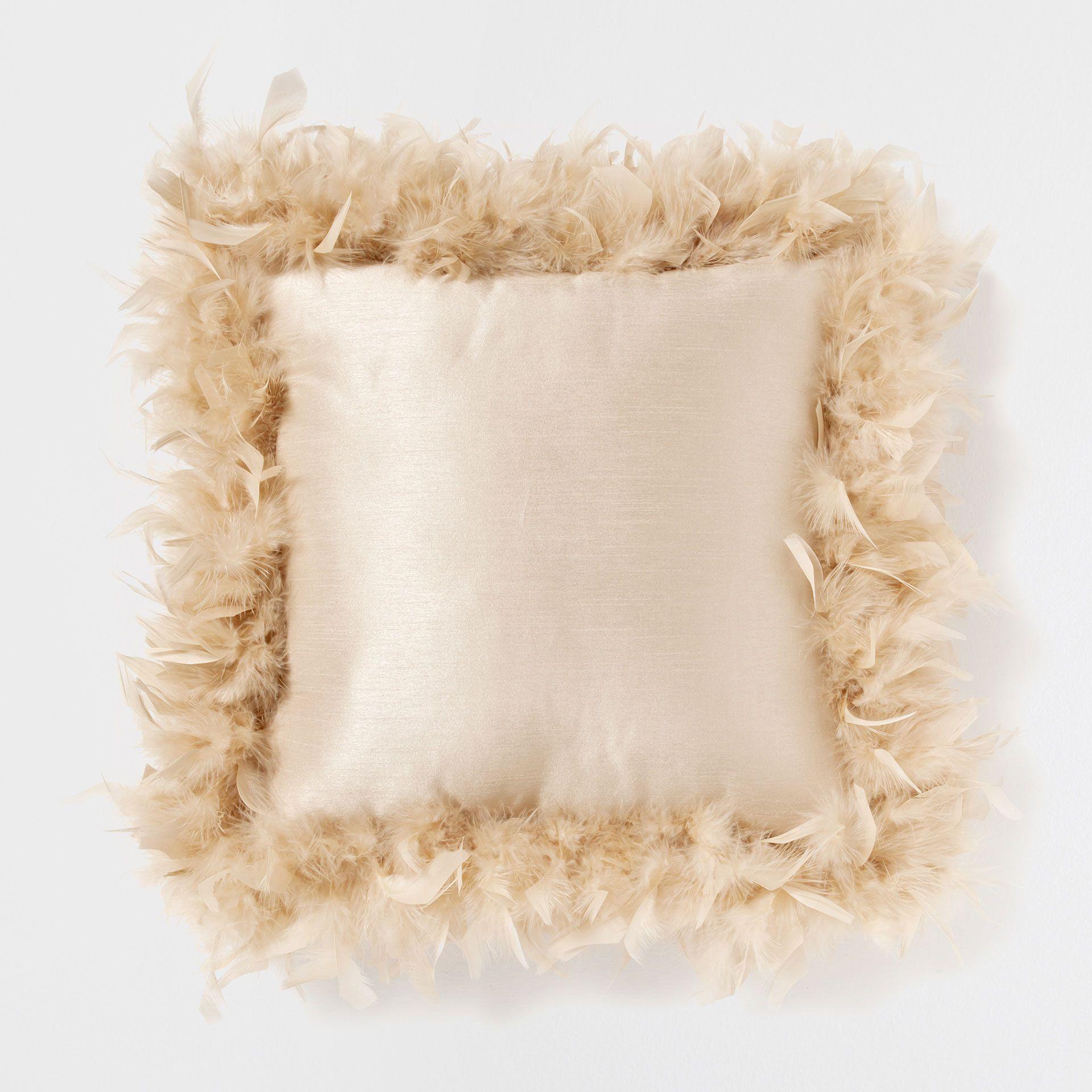 Beige Feather Edge Cushion Cushions Bedroom Zara Home United Kingdom Kirlent Dekorasyon Yastik