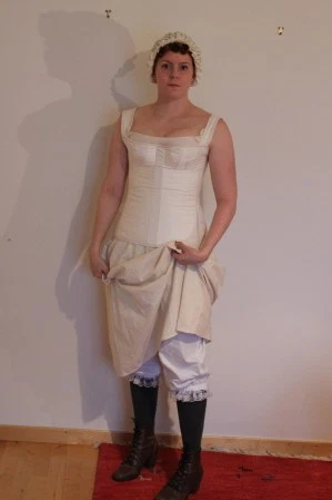 1840s layering  fashion under the skirt street dress