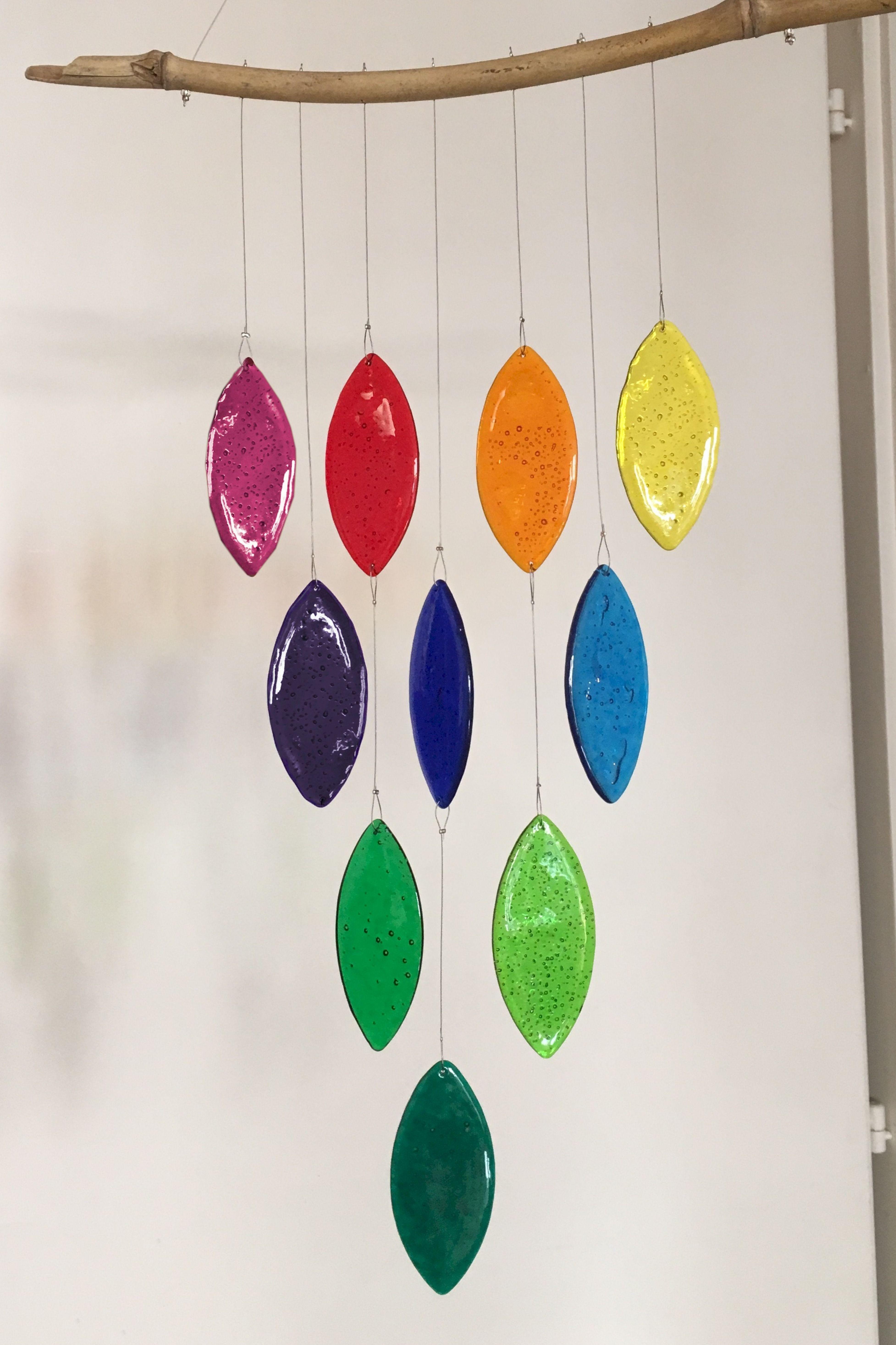garten oder wanddekoration aus polystyrol brillante transluzente farben an einem bambusstab chime out of polysyr dekoration aussendekoration metall schwarz wohnzimmer