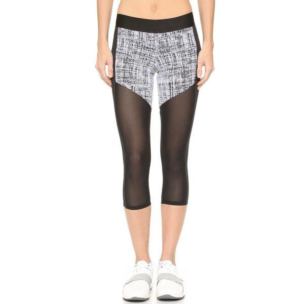 Heroine Sport Racing Capri Leggings (€145) ❤ liked on Polyvore featuring pants, leggings, cropped pants, legging pants, jersey pants, cropped leggings and stretch waist pants