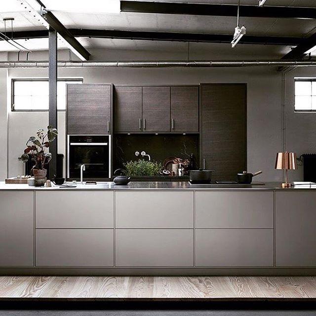 The new concept System 10 from Drømmekjøkkenet! 10 mm spacers frame the cabinets, creating clean lines and harmony. @ballingslovab @drommekjokkenet #drommekjokkenet #ballingslöv #hverdagsglede