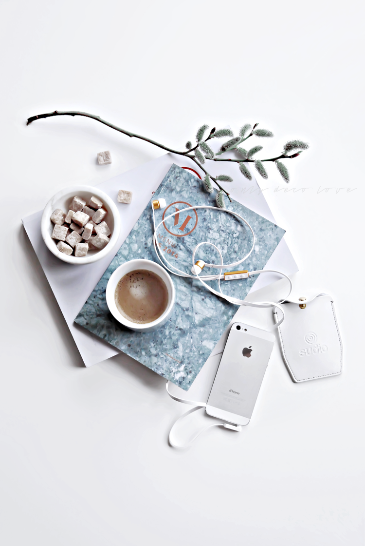 Only Deco Love: Still Life on my desk   HOME△My Blog△My House ...