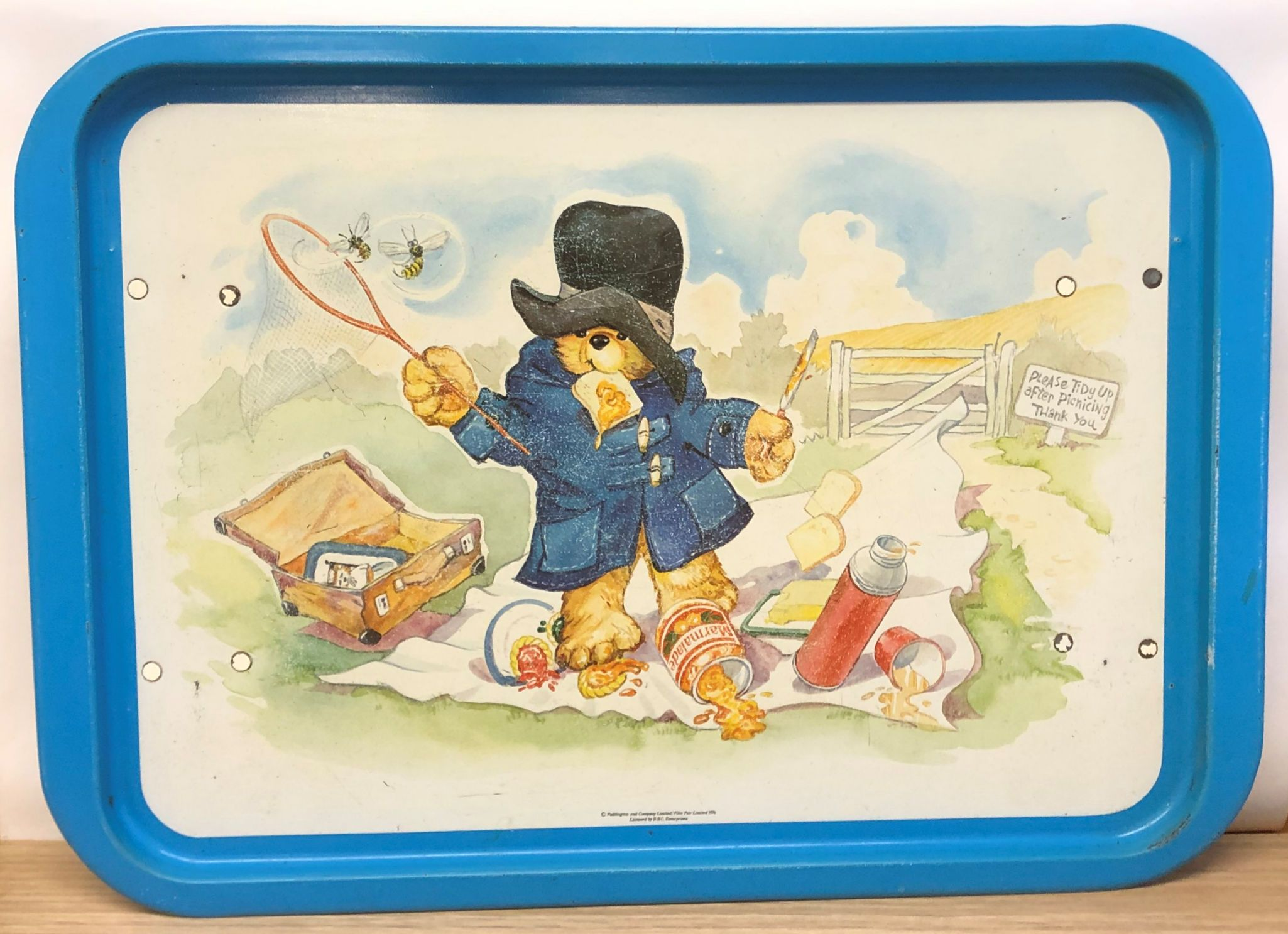 Vintage 1976 Paddington Bear Large Metal Tray With Legs Serving Play Tray Bbc Enterprises Made In England Giftcharm Paddington Bear Metal Trays Vintage