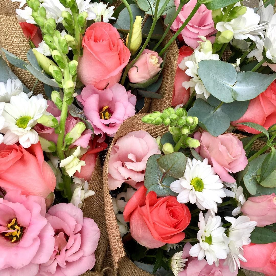 flowers wednesday melbourne florist instaflowers