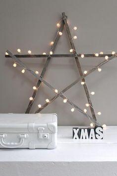 Stern aus Holzlatten mit Lichterkette