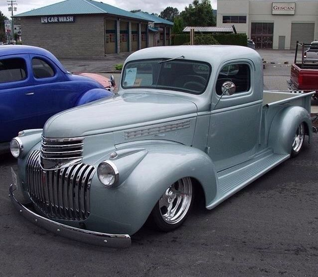 Pin By Renato Bello On Cara And Trucks 1946 Chevy Truck Chevy Trucks Chevy Pickup Trucks