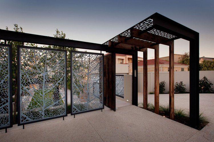 sichtschutzzaun aus metall bietet viele vorteile - 60 ideen, Hause und garten