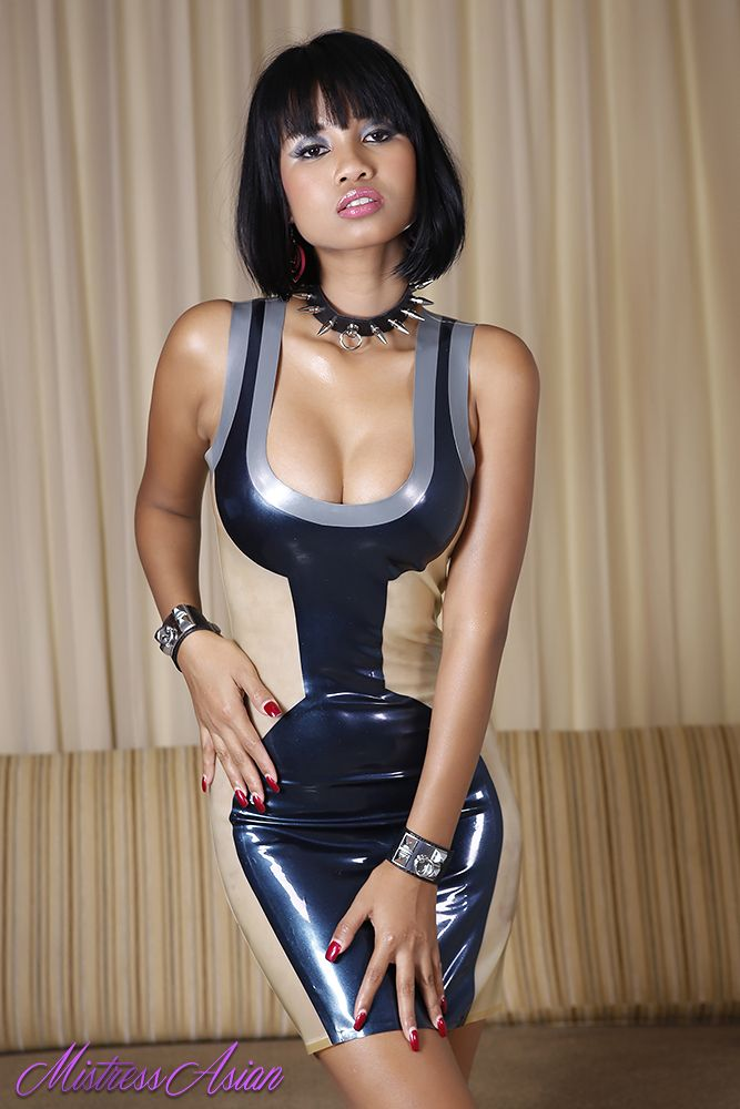 Mistress Asian Xanny in her new futuristic Latex mini